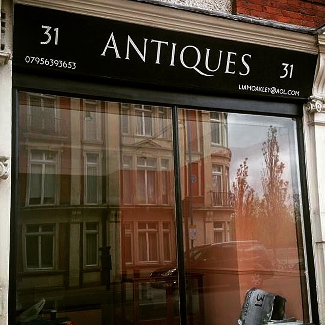 Antiques Putney store London NGS signwriters