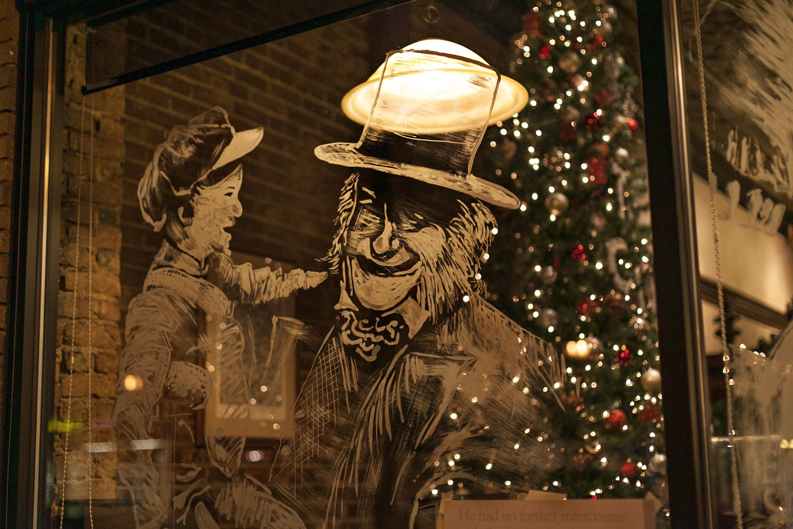 Christmas window painting decorations - Michael Glass Was Still Putting The Final Touches On The Paintings On Wednesday Evening He Said He Has Spent Approximately 5 6 Hours Per Painting From